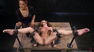 Intense bondage threesome fun featuring Daisy Ducati and Roxanne Rae